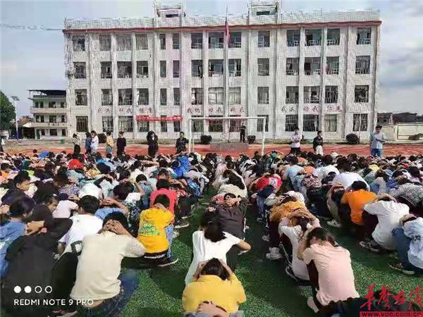 永州市蓝山县新圩学校开展防震减灾安全教育